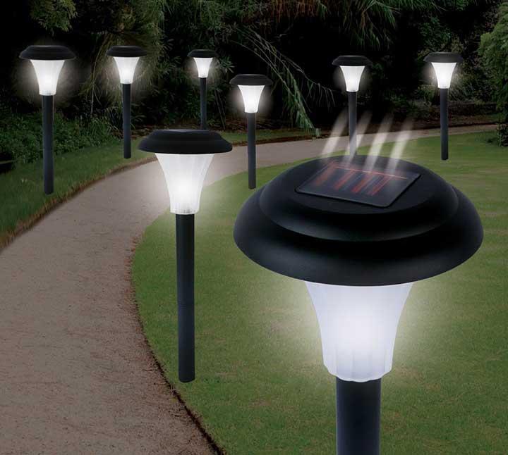 Jobar Ideaworks Solar-Powered LED Accent Light Set of 8 Black